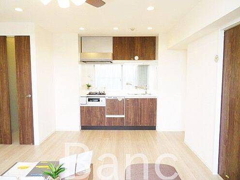 中古マンション-文京区湯島4丁目 梁の無いリビングで家具の配置がしやすい間取りです