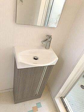 マンション(建物一部)-松戸市松戸 【洗面化粧台】コンパクトな洗面化粧台!掃除がしやすいですね!
