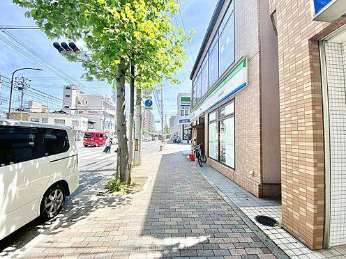 区分マンション-京都市中京区壬生仙念町 前面道路です。四条通りが通っており賑やかな雰囲気です。