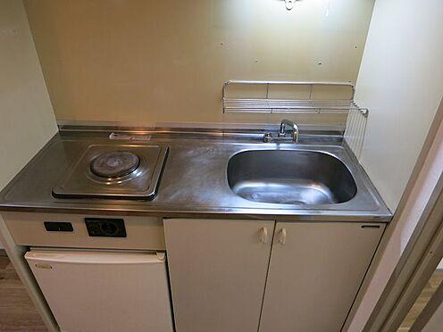 中古マンション-熱海市西熱海町2丁目 ミニキッチン部分。(給湯水栓金具はお取替えします。)