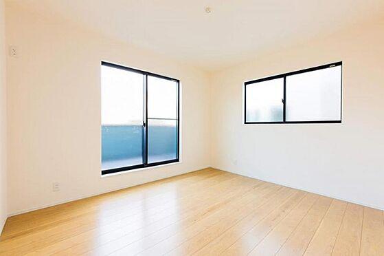新築一戸建て-豊田市永覚新町1丁目 光が十分入るように計算された窓(同仕様)