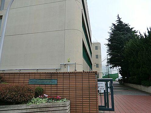 アパート-横浜市磯子区上町 中学校平楽中学校 まで1858m