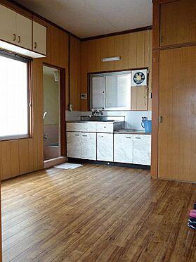 アパート-呉市西塩屋町 お掃除がしやすいフローリング仕様です(2階)