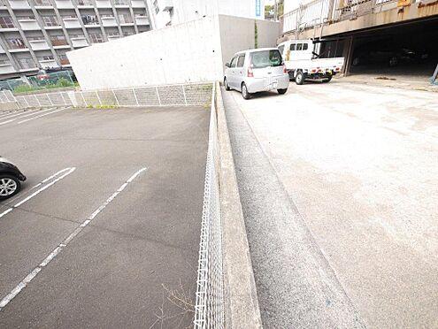 店舗・事務所・その他-北九州市小倉北区霧ケ丘3丁目 西側の隣地との境界です。