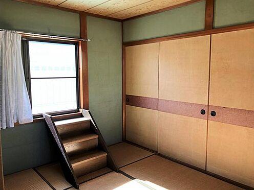 戸建賃貸-知多郡武豊町字山ノ神 2階の和室からはバルコニーに出ることができます!
