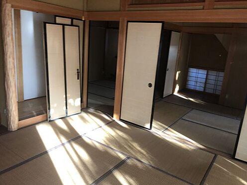 戸建賃貸-岡崎市井田町字茨坪 しっとりと落ち着いた雰囲気の和室