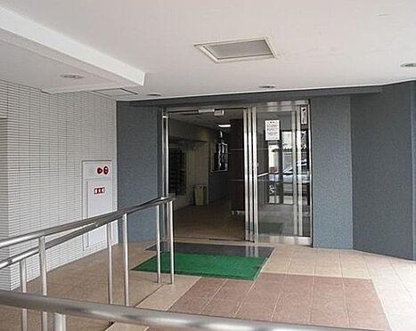 マンション(建物一部)-大阪市淀川区十三本町3丁目 スロープのあるエントランス
