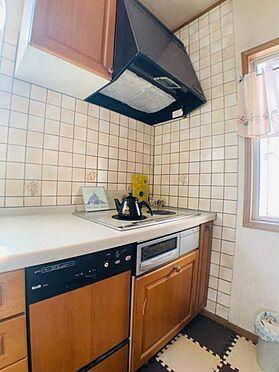 戸建賃貸-名古屋市千種区宮根台1丁目 ゆとりあるキッチンスペースなのでお子様と一緒にお料理もできますね!