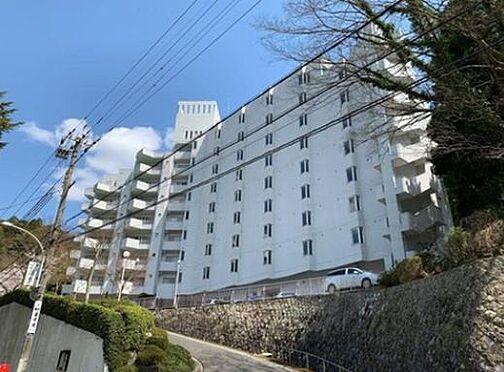 マンション(建物一部)-神戸市北区有馬町 白を基調とした外観