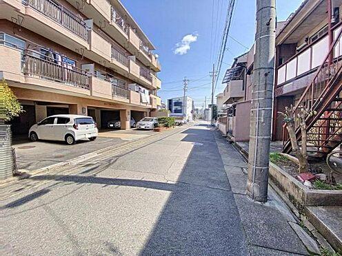 区分マンション-名古屋市中川区五女子1丁目 マンションの前面道路です