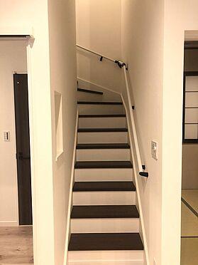 新築一戸建て-上尾市愛宕1丁目 階段