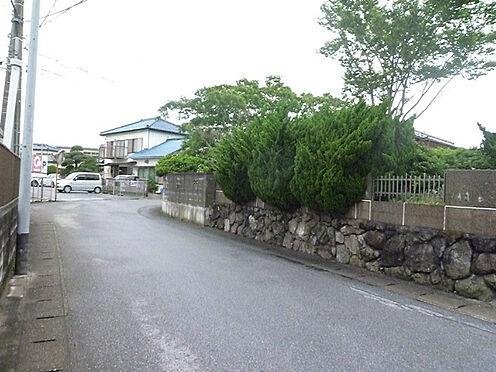 土地-富津市岩瀬 周辺は住宅が並び静かな環境です