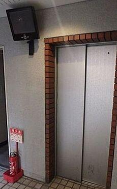 区分マンション-大阪市中央区南船場4丁目 防犯カメラ付きのエレベーター