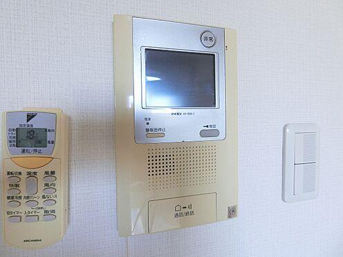 区分マンション-品川区荏原4丁目 モニター付きオートロックなので、室内から来訪者を視認できます。