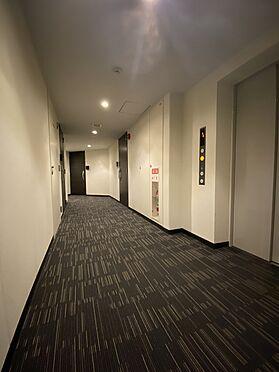 中古マンション-中央区八丁堀2丁目 共用廊下/内廊下設計によりホテルライクな高級感もあります。