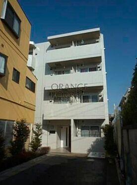 マンション(建物一部)-板橋区宮本町 ホワイトを基調としたタイル貼りの外観です。