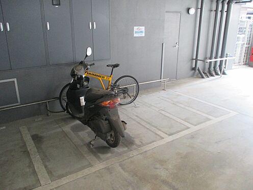 マンション(建物全部)-福岡市中央区荒戸1丁目 バイク置き場