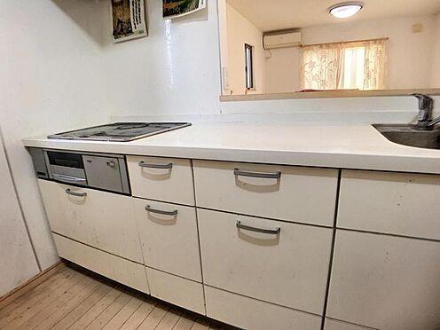 戸建賃貸-安城市和泉町八斗蒔 お子さまとお話ししながら、テレビを見ながら料理ができるカウンターキッチン