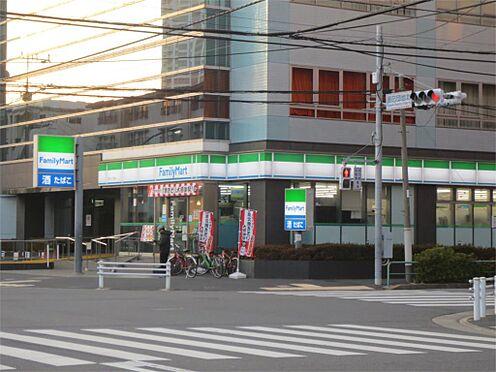 中古マンション-江東区辰巳1丁目 ファミリーマート 辰巳一丁目店(117m)