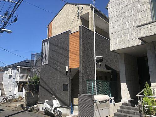 アパート-中野区弥生町6丁目 ■ 外観 ■シンプルでありながらも温かみのある外観の建物になっております。