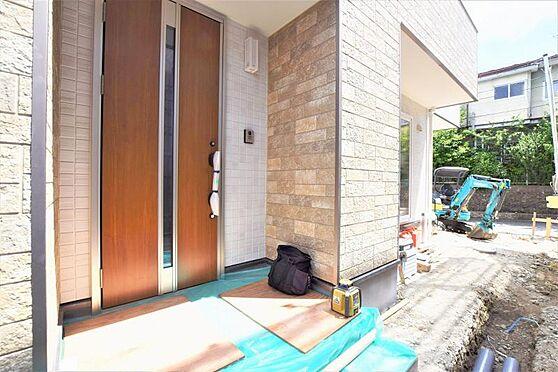 新築一戸建て-仙台市泉区旭丘堤2丁目 玄関