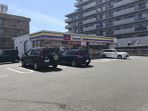 中古マンション-福岡市博多区吉塚4丁目 ミニストップ博多吉塚3丁目店まで212m