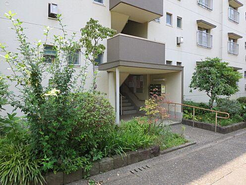 中古マンション-横浜市緑区霧が丘6丁目 お部屋への出入口階段