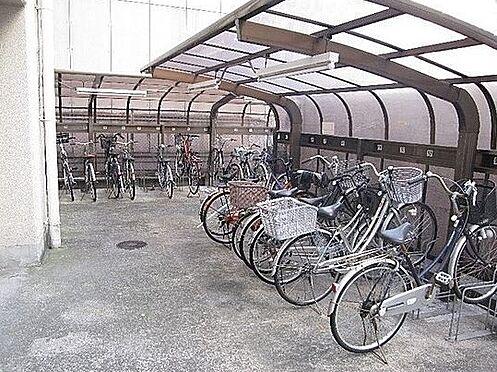マンション(建物一部)-大阪市淀川区西中島6丁目 屋根付きの駐輪スペース完備