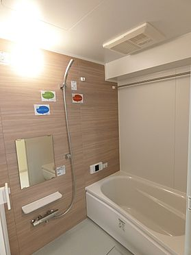 中古マンション-新潟市中央区南出来島2丁目 梅雨時期や冬場に重宝する浴室乾燥機付き