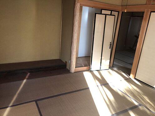 戸建賃貸-岡崎市井田町字茨坪 床の間、障子、畳・・・くつろぎの空間は和室から