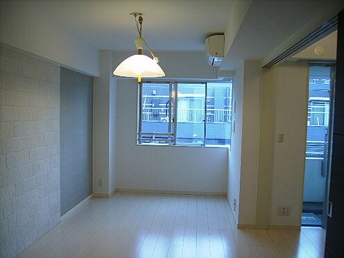 マンション(建物一部)-世田谷区太子堂1丁目 居間