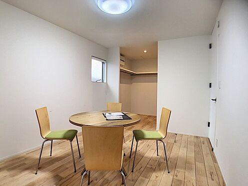 中古一戸建て-名古屋市中川区野田2丁目 WIC付きの洋室です。