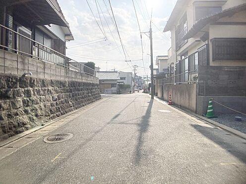 新築一戸建て-福岡市城南区樋井川4丁目 広々とした前面道路です。
