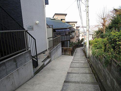 アパート-横浜市港南区最戸2丁目 南東側道路幅員約3.9m間口約11.7m
