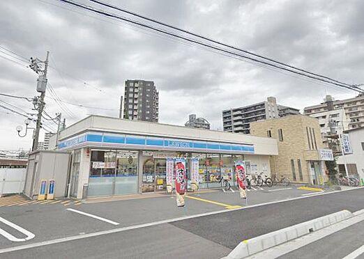 ビル(建物全部)-ふじみ野市上福岡1丁目 周辺環境:コンビニ 170m ローソン 徒歩2分、ちょっとしたお買い物に便利です。