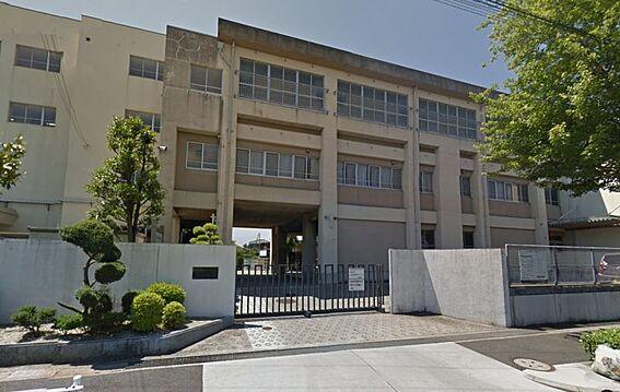 中古マンション-名古屋市緑区鳴海町字山下 千鳥丘中学校 690m