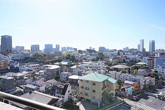 中古マンション-港区三田5丁目 バルコニーからの眺望、品川・高輪方面を望む