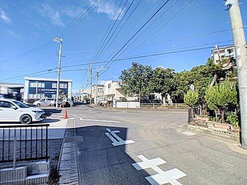 戸建賃貸-碧南市緑町4丁目 買い物施設、徒歩圏内に充実しています!