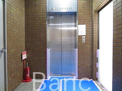 中古マンション-墨田区向島3丁目 エントランスエレベーター