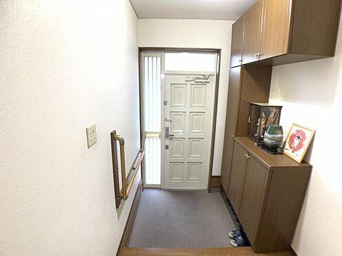戸建賃貸-名古屋市中村区角割町3丁目  収納もたっぷりあるので、靴がたくさんあっても安心! 気持ちの良い朝は、ここからスタートしていきます♪
