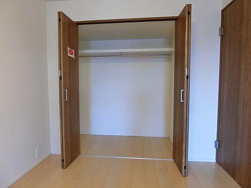 中古マンション-新潟市中央区南出来島2丁目 洋室約5.6帖のクロゼット