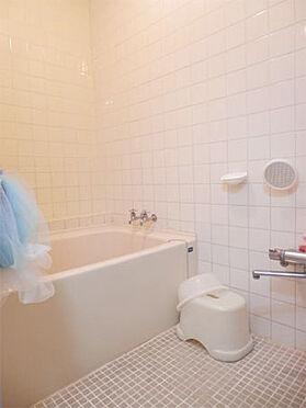 中古マンション-伊東市岡 浴室 戸別温泉です。ゆっくり、お好みの時間に入浴を楽しめます。