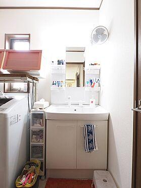 中古一戸建て-江戸川区東葛西3丁目 朝の身支度に便利なシャワー付き洗面台