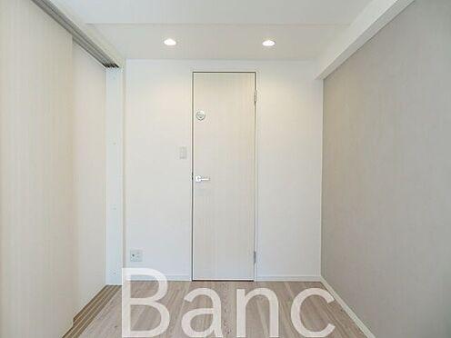 中古マンション-渋谷区円山町 梁の無いお部屋で家具の配置がしやすいです