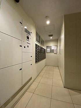 中古マンション-中央区八丁堀2丁目 宅配ボックス/不在時の荷物の受取に便利です。