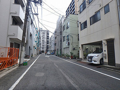 マンション(建物全部)-台東区北上野2丁目 前面道路