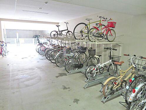 マンション(建物一部)-大阪市北区中崎西4丁目 収容台数が多い駐輪場を完備