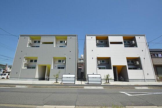 アパート-名古屋市港区港栄3丁目 閑静な住宅街。アクセントカラーが目を惹く外観