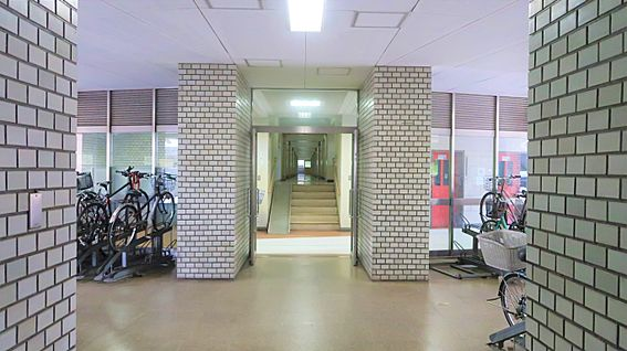 中古マンション-中野区上高田4丁目 共用廊下(1階)