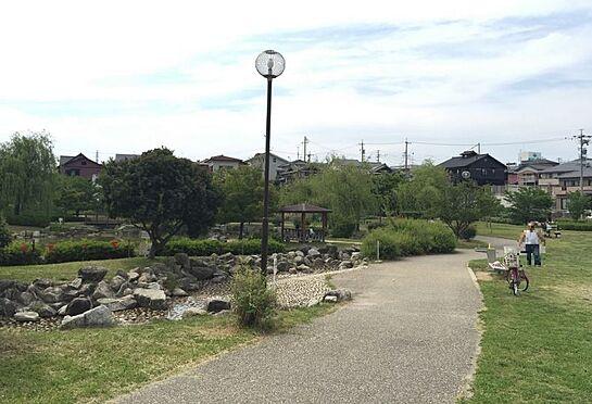 土地-豊田市山之手9丁目 山之手公園まで徒歩約5分(約350m)